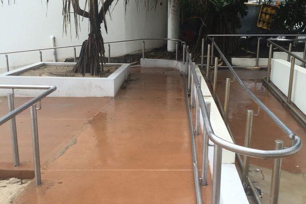 burleigh-stainless-steel-hand-rail-